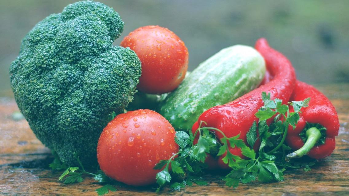 alkaline fruits and vegetables